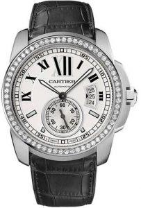 Montres de réplication Calibre De Cartier sont luxueuses avec de l'or blanc.