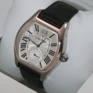 Montres d'imitation Cartier pratiques montrent la date.