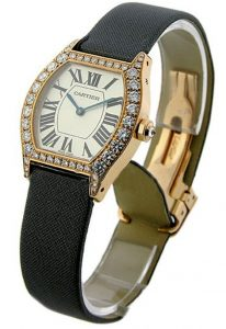 Charmantes montres knock-off Cartier adoptent l'or rose.