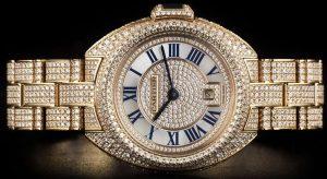 Montres de reproduction sont habilement recouvertes de diamants.