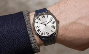 Suisses montres d'imitation en vente pas cher sont simples dans la modélisation.