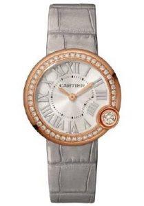 Suisses montres d'imitation en ligne présentent un modelage moelleux.