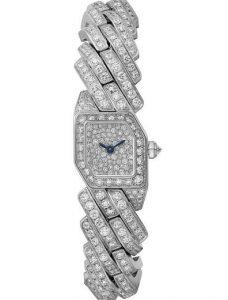 Montres de duplication pour toujours sont recouvertes de diamants.