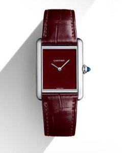 Fausses montres en ligne sont préférées par les femmes d'âge mûr.