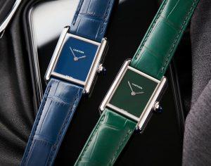 Répliques montres à vendre sont disponibles avec des couleurs bleues et vertes.